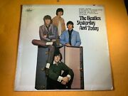 B8-71 The Beatles Yesterday And Today - 2nd State - Original - Sticker On Cover
