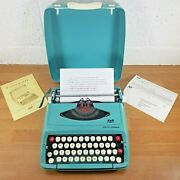 Smith Corona Corsair Portable Typewriter Very Clean Tested Working New Ribbon