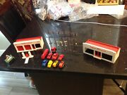 Lot Of 2 Plasticville Gas Station And Supermarket, Cars, Telephone Poles, Used