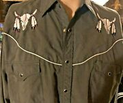Men's Gray Western Shirt Snaps Embroidered Cow Skulls Feathers Sz. L Pockets