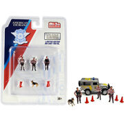 Police 8 Piece Diecast Set 3 Figurines And 1 Dog And 4 Accessories For 1/64...