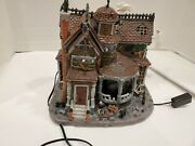 Lemax Spooky Town Last House On The Left 35548 Rare And Retired