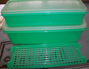 Vintage Lot Of 2 Tupperware Celery And Vegetable Bread Jadeite Green 782 And 892
