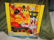 Fisher Price Imaginext New Sky Racers Gift Set Airport Airplane Pilot Tiger Jet