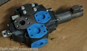 M936 And A1 Military Wrecker Rear Winch Hydraulic Control Valve 11669329 Cat232a