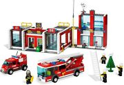New Lego Town City 7208 Fire Station Sealed