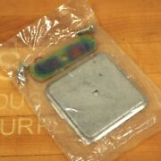 Thomas And Betts Hp Hub Closing Plate For Small Rl Openings - Used