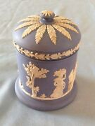 VINTAGE WEDGEWOOD JAR W/LID- SIGNED - NR- Free Shipping