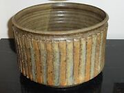 LISTED ARTIST PAUL BELLARDO ORIGINAL ARTWORK POTTERY RIBBED PLANTER