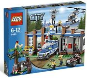 Lego City Police Forest Police Station 4440 Brand New