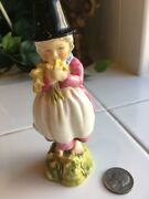 Royal Worcester Figurine -f C Doughty 3103 Girl In Black Hat Holding Daffodils