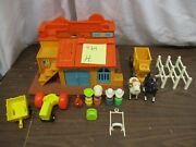 Vintage Fisher Price Little People Play Family Western Town 934 H Horse Wagon