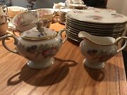 Large Collection Of Old Vintage Lamberton Ivory China By Linda Lee Cups Plates
