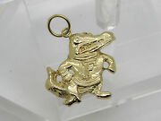 Solid 14k Yellow Gold Collage Football Florida Gator Alligator Necklace Pendant