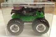 Hotwheels Monster Jam Truck Grave Digger 164 2001 With Card @ Case Preowned