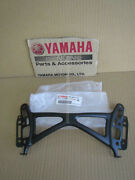 Yamaha Fjr1300a 2013-2019 Stay 2. 1mc-28322-00 Screen Front Accident Damaged