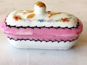 Antique French Limoges H/painted Enamel And Gold Snuff Trinket Box