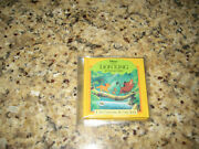 Disneyand039s Lion King Jungle Days A Tiny Changing Pictures Book Rare New