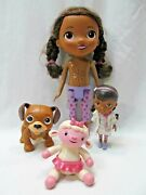 11 Singing Talking Doc Mcstuffins, 5 Doc Figure And Friends 4 Fido And Lambie