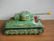 Old Vintage, Battery Powered Tin Toy Battle Tank, Made In Japan Working Order.