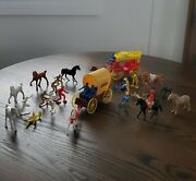 Vintage Plastic Toy Stage Coach-covered Wagon- Horses Cowboy And Indian Lot Of 33
