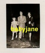 Jack Benny Mary Livingstone And Daughter Original 8x11 Keybook Photo 1940's