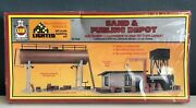 Ahm Ho Scale Master Piece Series Ii And Sand And Fueling Depot Kit 15704 New