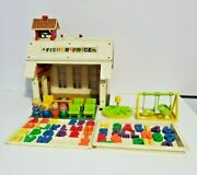 Vintage Fisher Price Little People Play Family School House 938 Wood Figures
