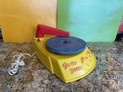 Howdy Doody Plastic Phono-doodle Record Player 1950andrsquos Hard To Find