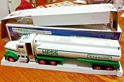Hess 1990 Toy Tanker Truck Working Head And Tail Lights