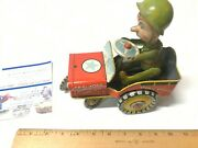 1940's Unique Art Tin Litho G.i. Joe Jouncing Vintage Wind-up Jeep Made In Usa