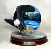 Bradford Exchange Speed Dive Eagle Force Of Nature Statue Plate Bill Wieger