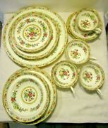 Ming Rose By Coalport China Set For 4 28 Pieces Lot R15