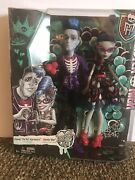 Monster High Love's Not Dead Sloman Slo Mo Mortavitch And Ghoulia Yelps Doll