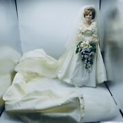 The Danbury Mint - The Princess Diana Bride Doll - 19 - Includes Box And Papers