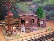 O Scale Custom Built Assembled Weathered Diorama Hobo Shack Marbled And Outhouse
