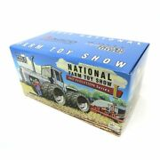 1/32nd 2013 National Farm Toy Show White 4-210 Field Boss 4wd Tractor Zfn16233a