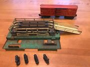 Vintage Lionel 3656 Cattle Stockyard Corral With 4 Cows And Box Car