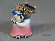 Excellent Nasco Nesting Dressed Mama Cow And Calf Salt And Pepper Shakers