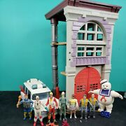Ghostbusters Lot Vintage 1987 Kenner Action Figures Firehouse Ecto-1 Stay Puft