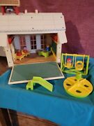 Vintage 1971 Fisher Price School House 923 With Little People And Accessories 1
