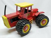 Versatile 825 Tractor 1/16 Scale Models Toy Tractor 4wd With The Box Rare