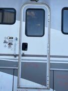 02 Fleetwood Pace Arrow 34w Rv Right Passenger Entry Door W Screen Assembly