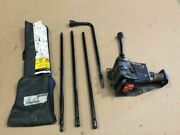 03 Silverado Sierra 3500 Dually Set Kit Of Jack And Tools And Leather Pouch