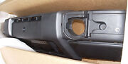 Land Rover Discovery Ii 2003-2004 Genuine Front Bumper Genuine Oem Brand New