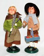 Byers Choice Pilgrim Family Boy And Girl Carolers - New 2021 - Free Shipping