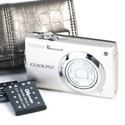 Nikon Coolpix S4000 12.0mp Digital Camera W/ Leather Like Case And Two Batteries