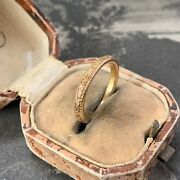 Antique Art Deco 22ct Yellow Gold Wedding Ring 2.7mm Chased Engraved 5.2gms Uk L