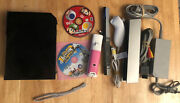 Nintendo Wii Gamecube Compatible W/ Remote, Nunchuck, And 2 Games Tested Working