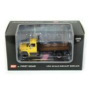 1/64 Yellow Chevy C65 Single Axle Truck W/ Black Flatbed Dcp First Gear 60-0923